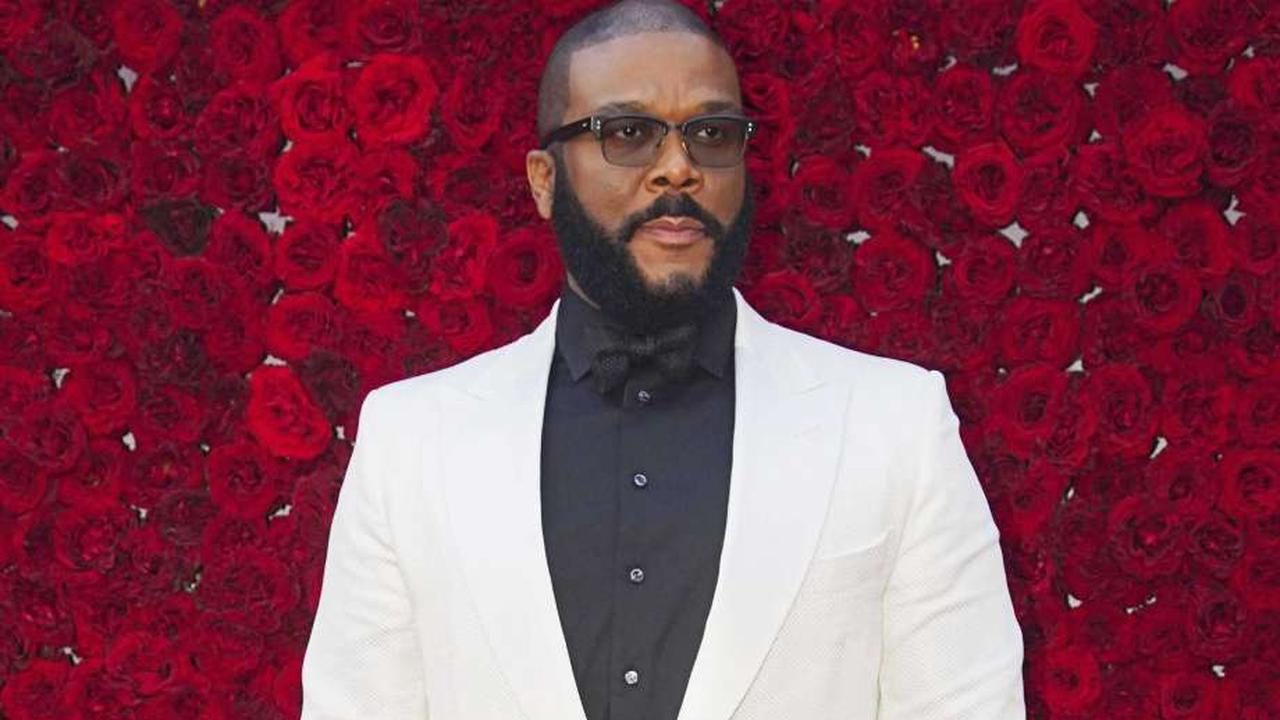 Tyler Perry To Receive Humanitarian Award At Oscars For Philanthropic Initiatives