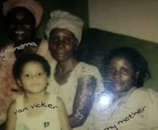 4b07a994b0344e58b46c7fad15bf522c?quality=uhq&resize=720 - Check Out Some Photos Of Van Vicker's Mother Who Looks Just Like Her Son