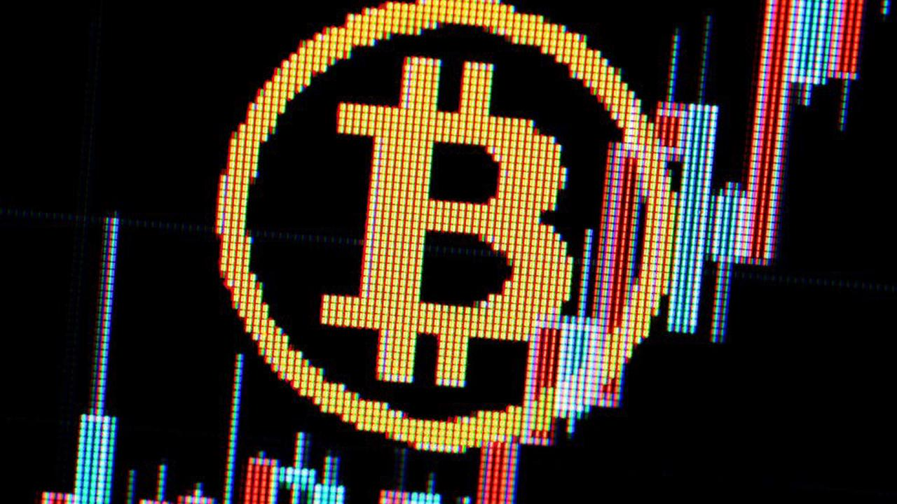 Technology company buys half a billion dollars of bitcoin as market collapses