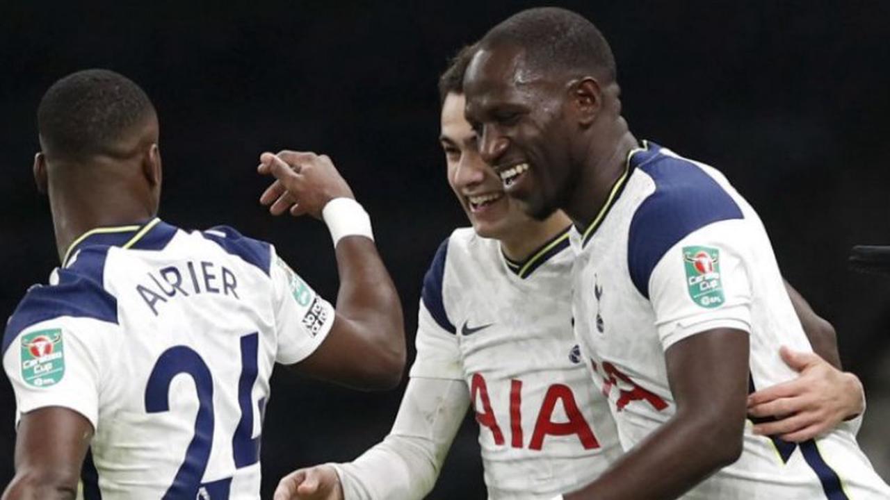 Tottenham accède à la finale de la League Cup