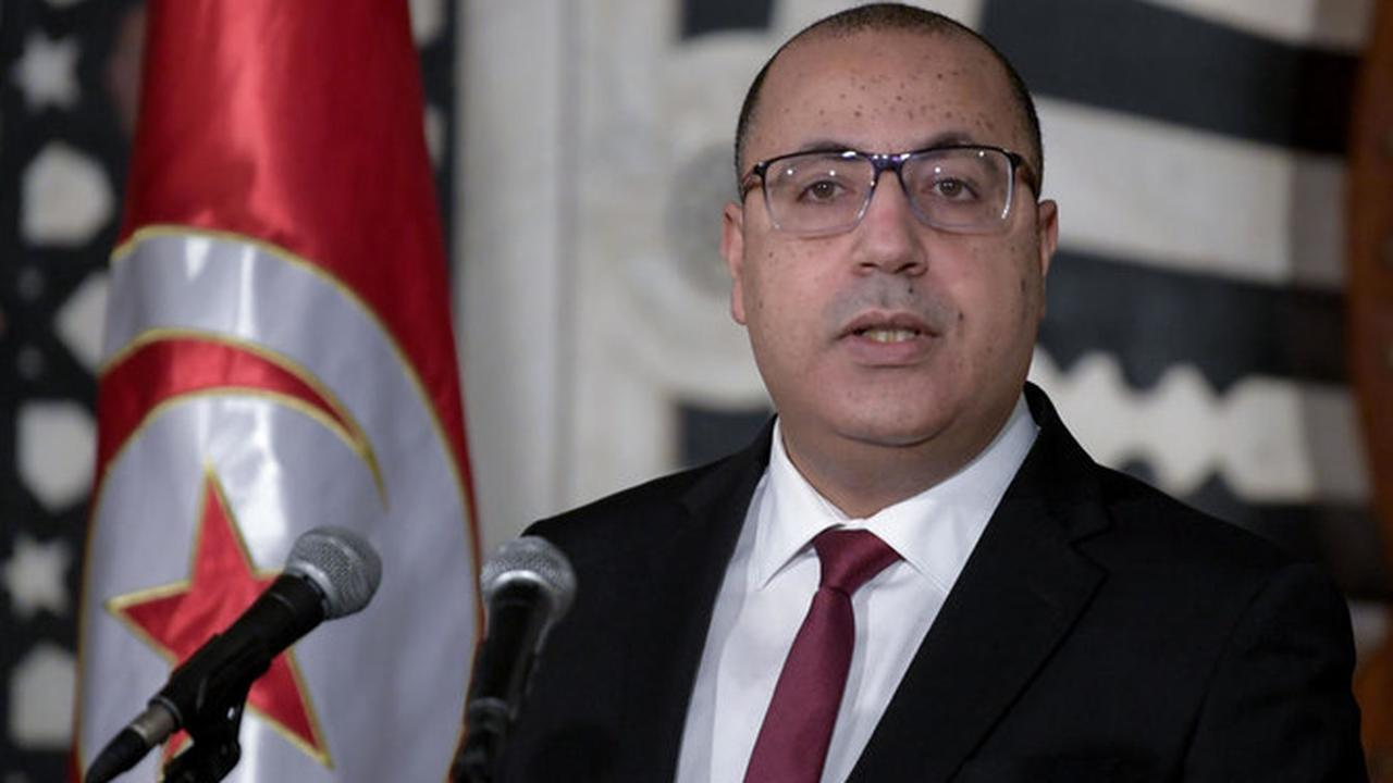Tunisian premier announces major cabinet reshuffle