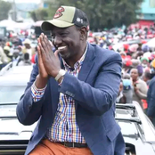 Big Win For DP Ruto As He Is Warmly Welcomed By Luo Elders