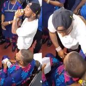 Yinka Ayefele invites Davido to sing with him on stage