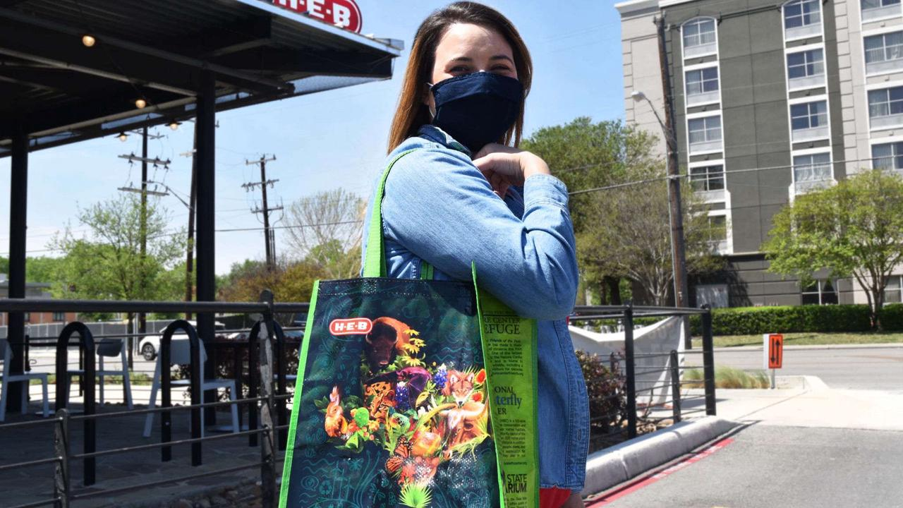 H-E-B is celebrating Earth Day by giving away free reusable bags at all San Antonio stores