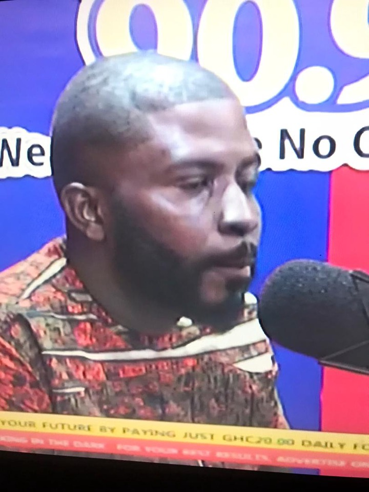 4d27cc7386cf05085a7f581846a7c79f?quality=uhq&resize=720 - I was the one taking care of my sister not him - The late Lamisi's brother breaks down on live TV
