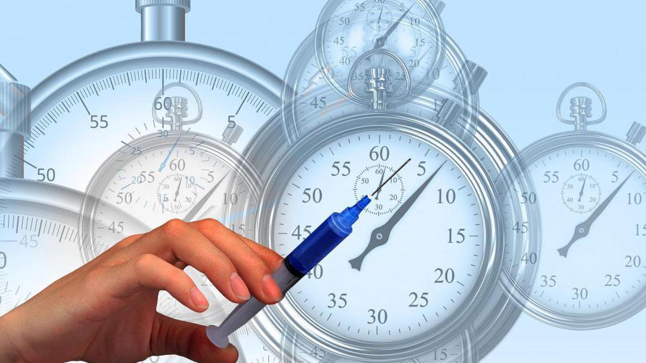 Vaccin: Il n'y a «aucun danger» à vacciner contre la grippe et le Covid en même temps, selon la HAS