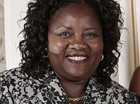 Ida Raila to build Homabay Library