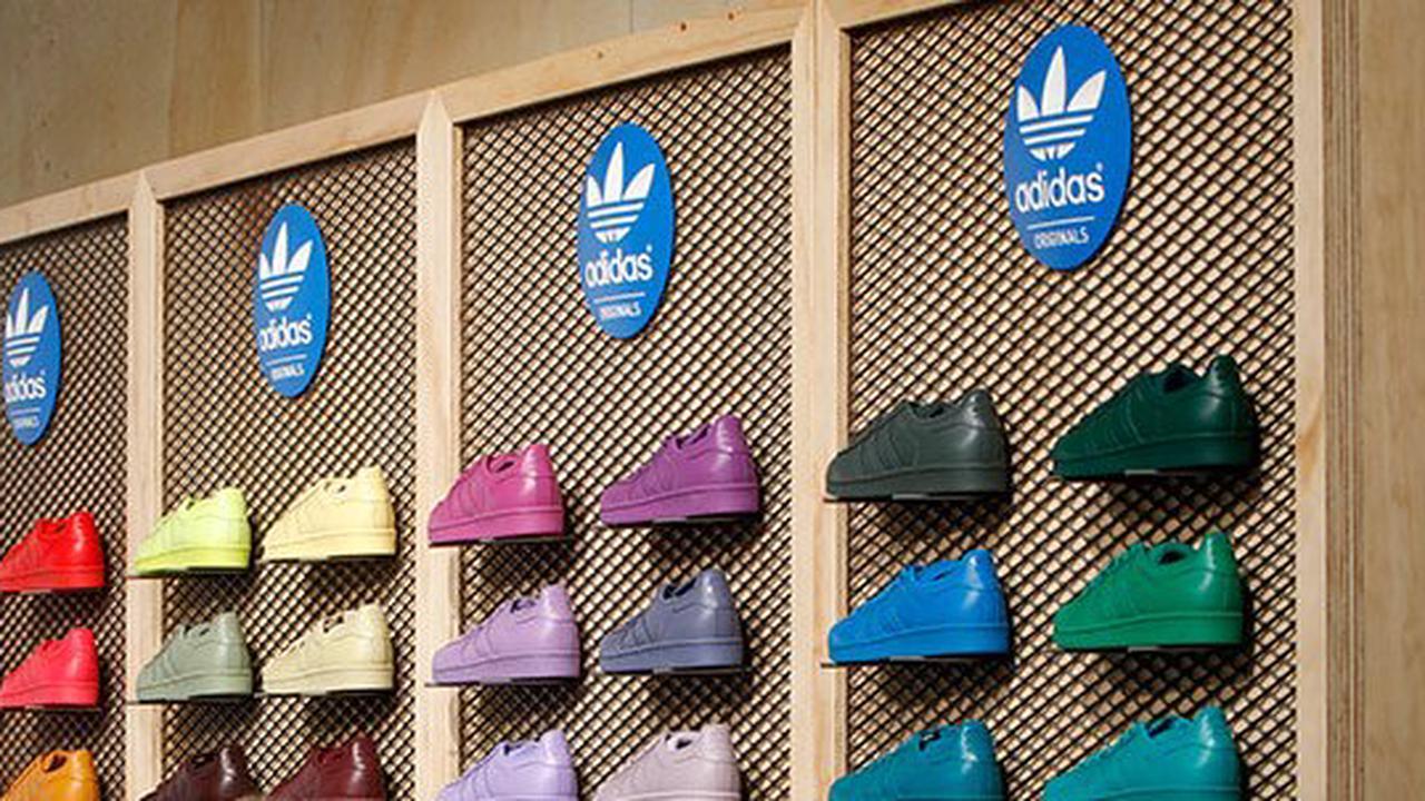 Adidas und Puma im Minus - Nike warnt vor Lieferkettenproblemen