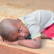"""""""He Was Abandoned by His Parents,"""" Painful Story of an 8-year-old Boy Who Sees the World Upside Down"""
