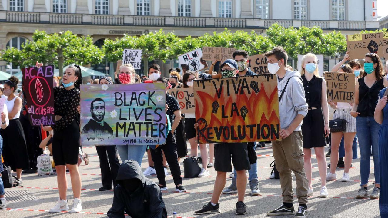 Politik-Professor der Uni Kassel: Die AfD gefährdet die Wissenschaftsfreiheit