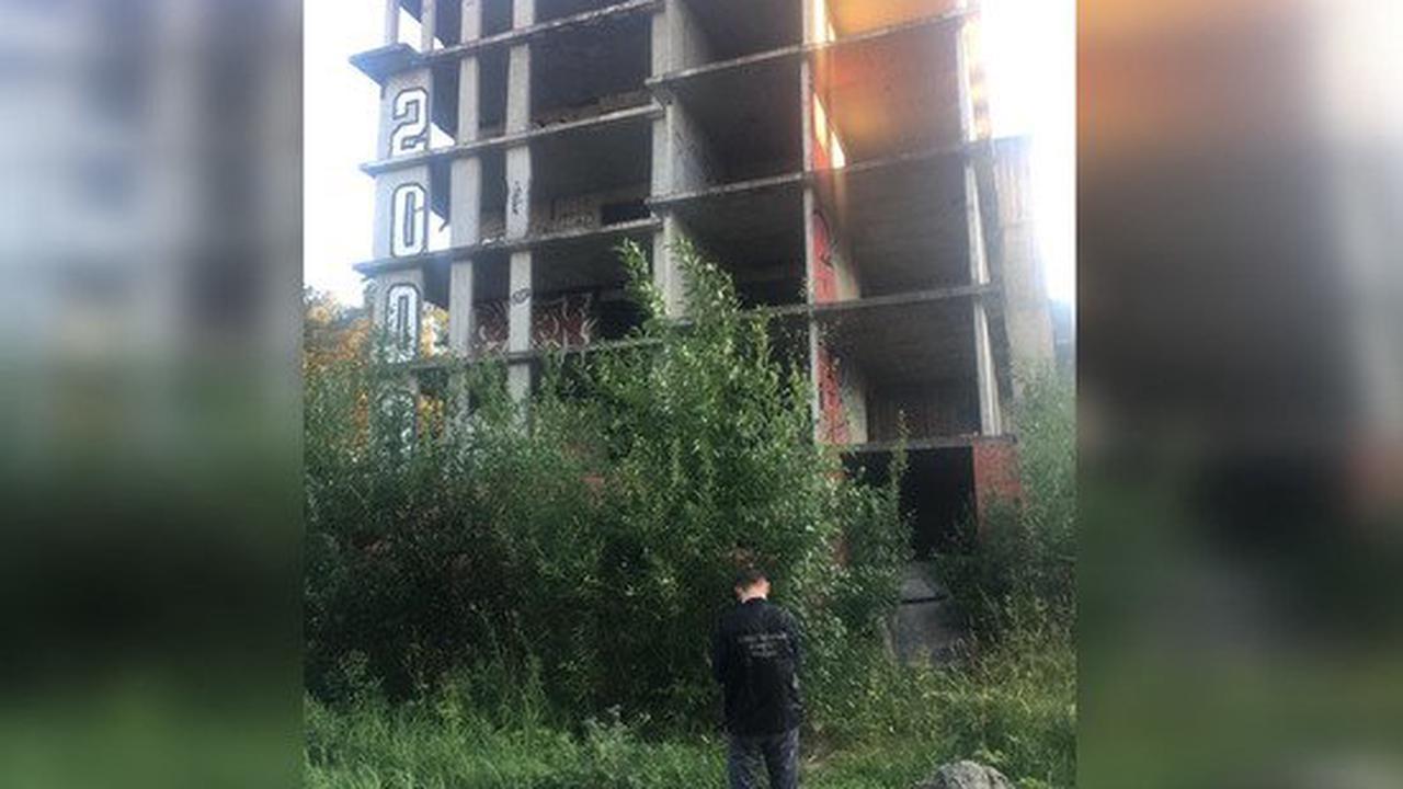 В Ленобласти возбудили уголовное дело после падения 11-летней девочки с шестого этажа «заброшки»