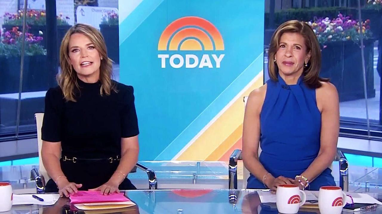 Hoda Kotb and Savannah Guthrie Sit Close Together at the Morning Desk After 15 Months amid New CDC Rules