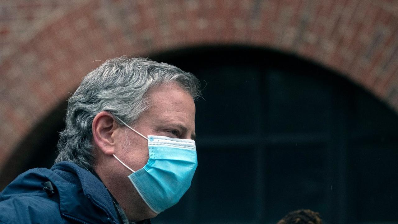 De Blasio's payback: New York mayor unloads on wounded Cuomo