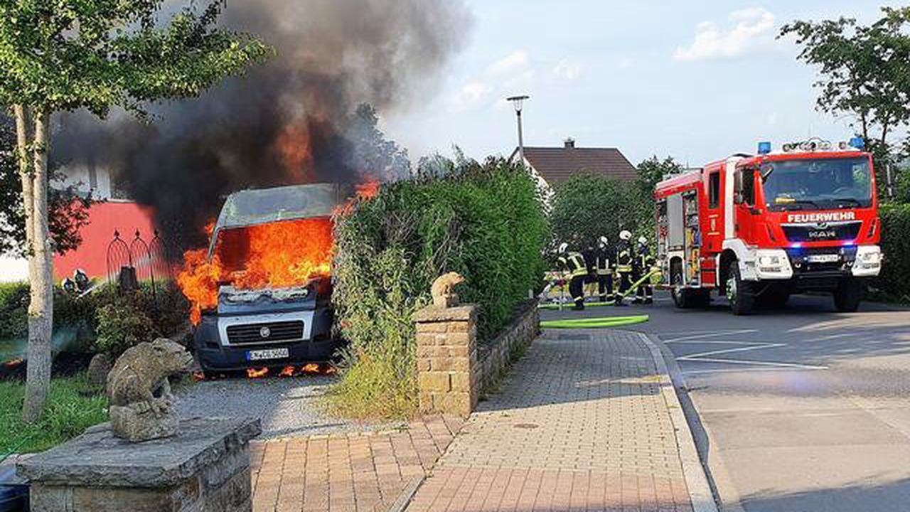 Niedersprockhövel - mit Video: Wohnmobil in Vollbrand - 50.000 Euro Schaden