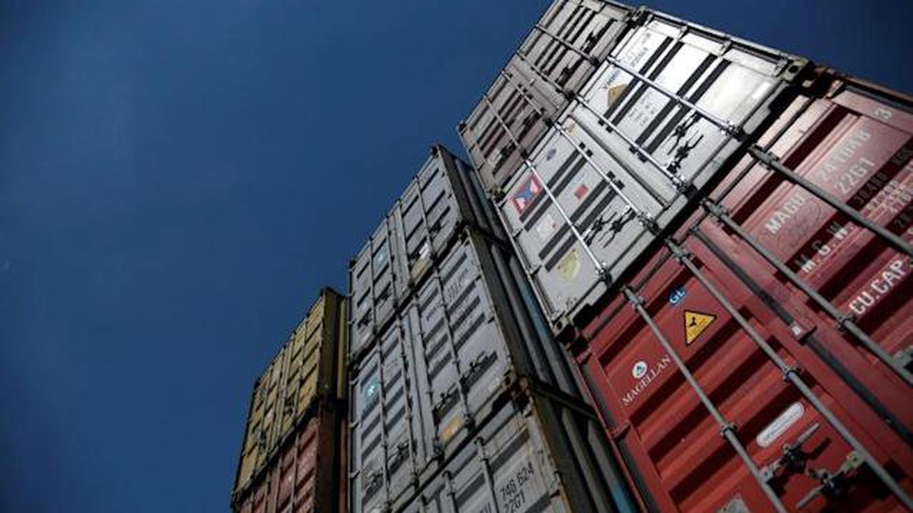 Deutsche Exporte legen im April leicht zu
