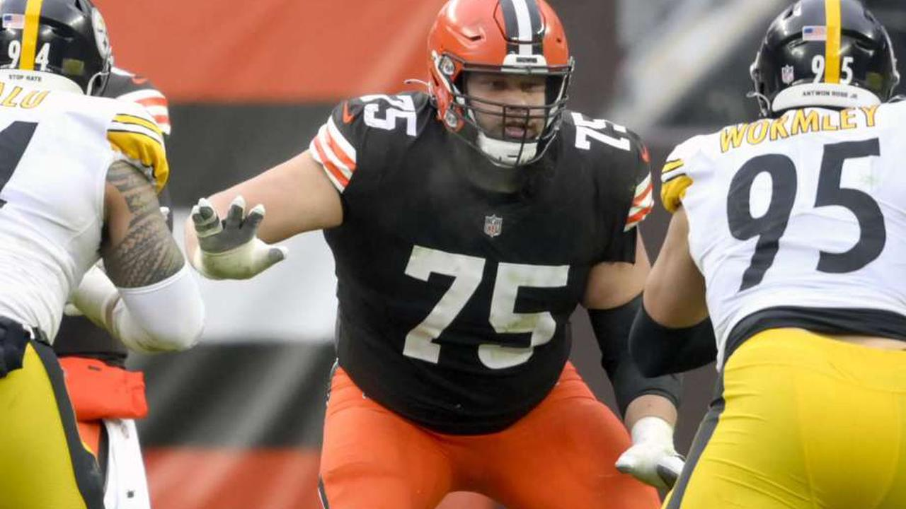 Browns Activate OG Joel Bitonio From Reserve/COVID-19 List
