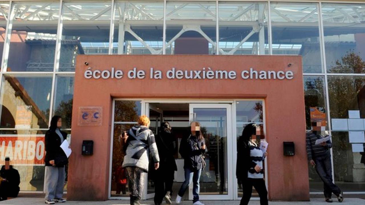 """Marseille : l'école de la deuxième chance propose deux journées """"portes ouvertes"""" virtuelles"""