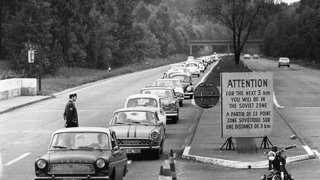 Die erste Autobahn der Welt wird 100
