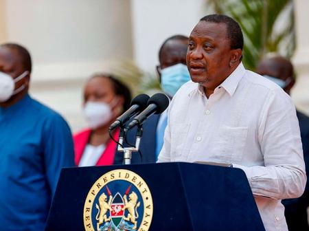 Kenyans Wowed By Uhuru After Doing Something Strange in The Middle of His Speech in Tanzania Today