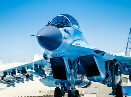 OPINION: Russia's Mig-35 fighter jet Is In No Shape To Take On US F-35 fighter jet. Find Out Why.