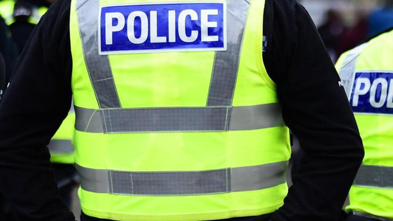 Security guards shaken after being threatened with weapons as thieves target East Lothian building site