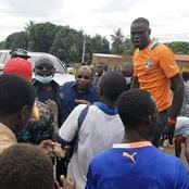 Le cortège du ministre Siandou Fofana a été bloqué par des manifestants à Koun-Fao ce mercredi