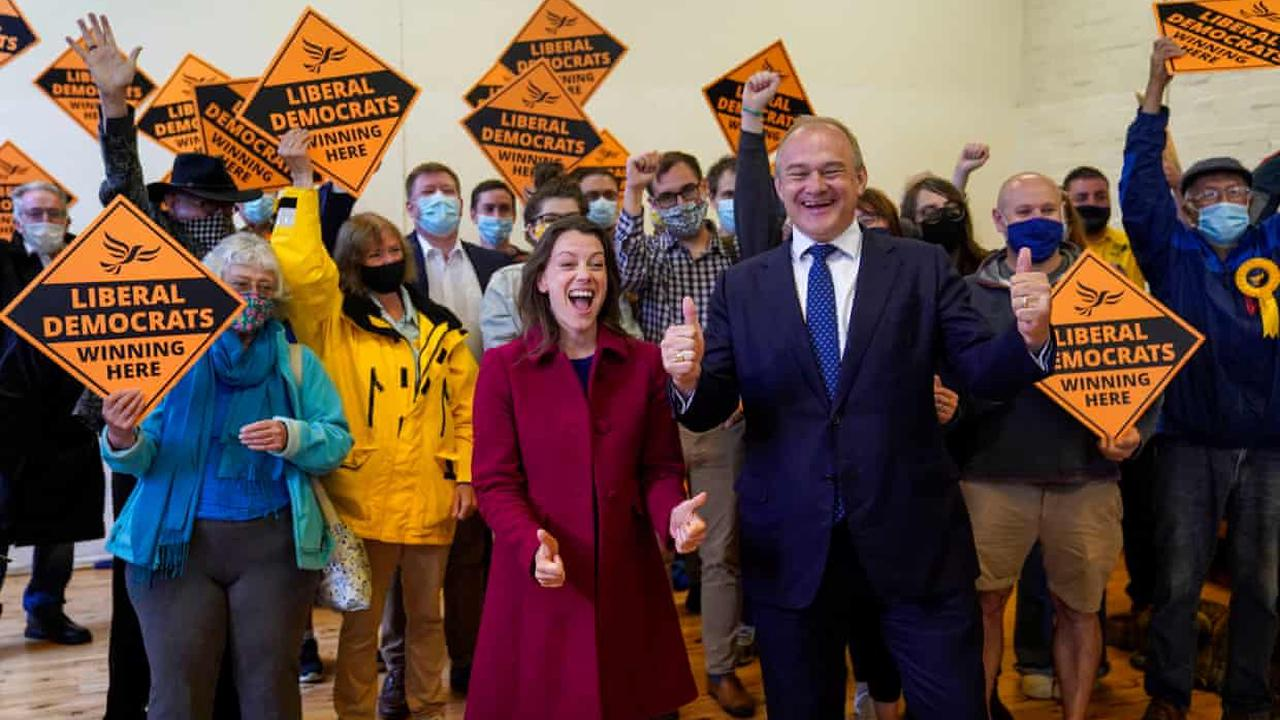Lib Dems' byelection victory suggests trouble for Tories in 'blue wall'
