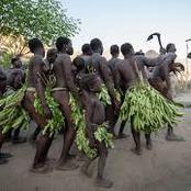 Meet The Tribe That Tradition Do Not Allow Them To Wear Cloth But Uses Leaves, See Some Pictures.