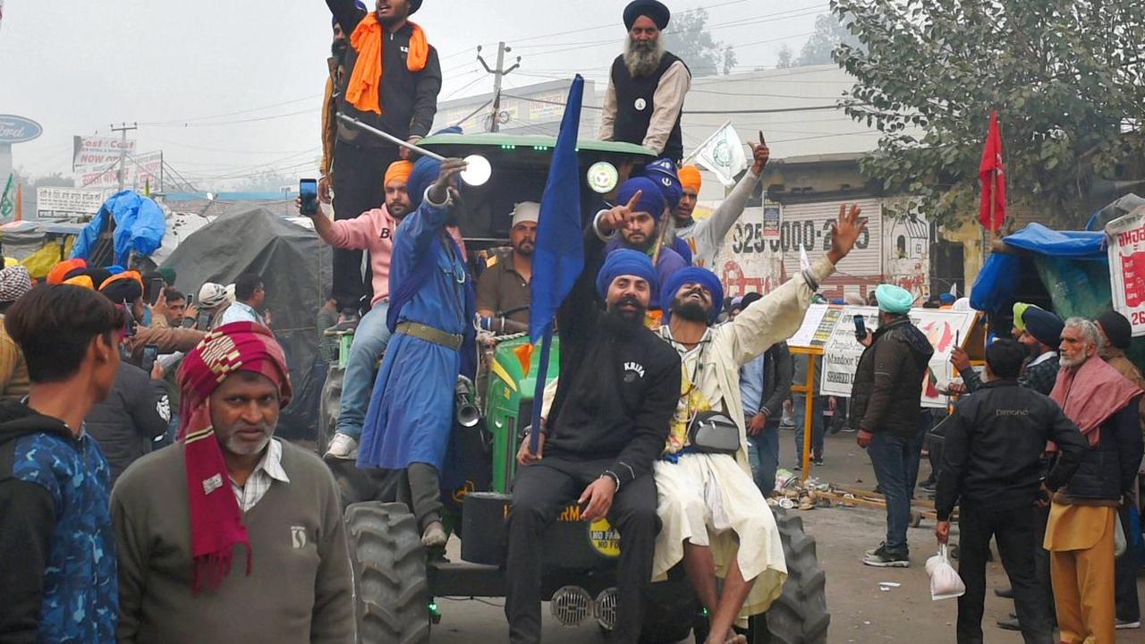 SC to hear govt's plea against farmers' tractor rally tomorrow