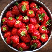 Did You Know Strawberries Reduces The Risk Of Heart Attack?