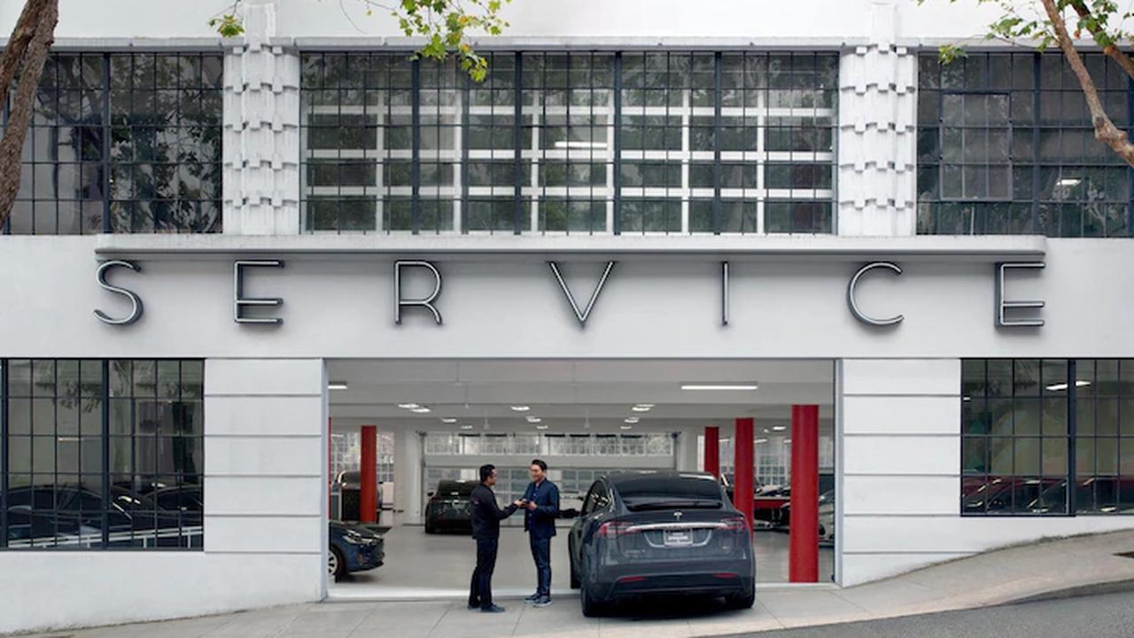 Weil die simpelste Wartung so teuer ist: Tesla-Fahrer droht, E-Auto zu verkaufen