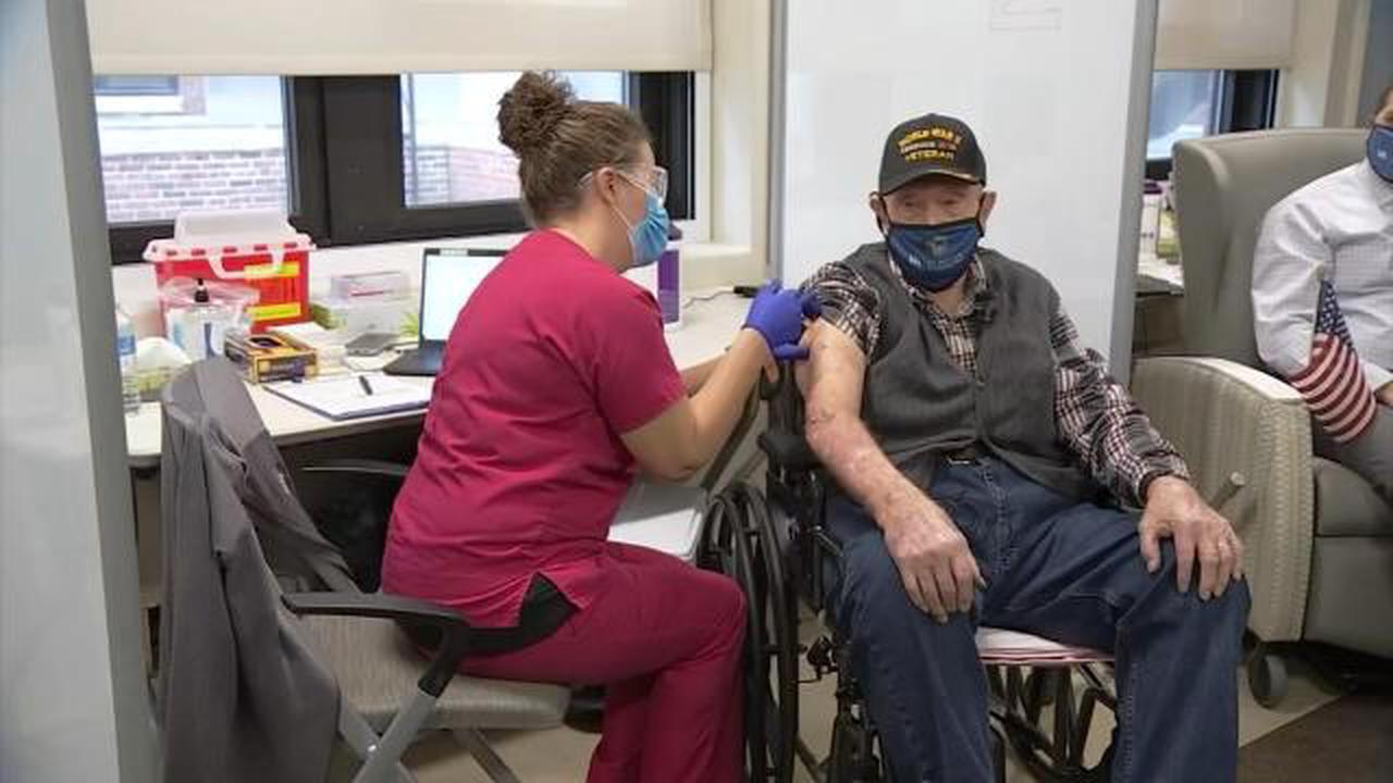 102-year-old WWII veteran is oldest person to get COVID vaccine in US