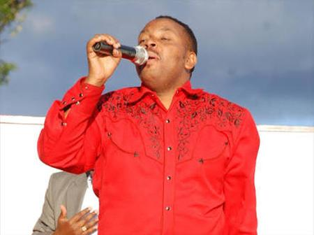 A Kenyan Mucisian States Why He Composed A Song Supporting President Kenyatta