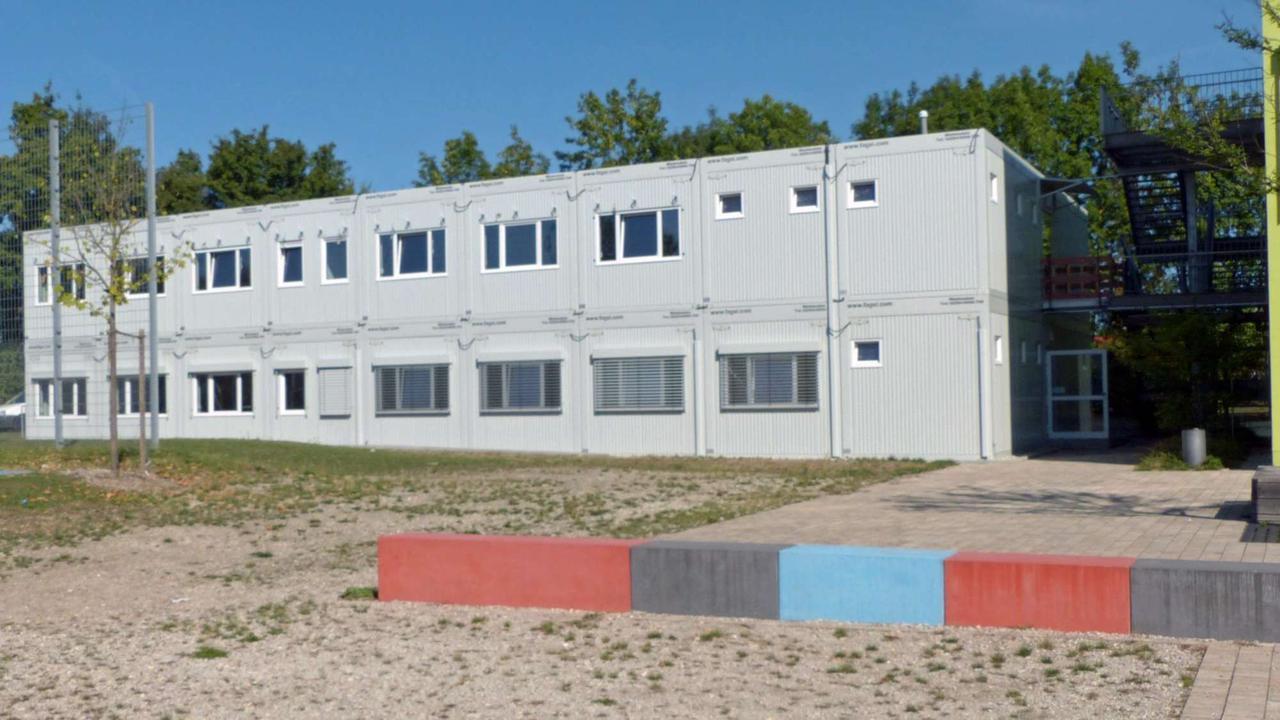 Baugenehmigung für Schulcontainer da
