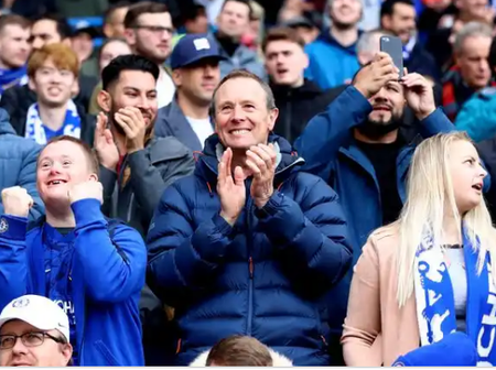 Check out the reaction of Chelsea fans as their team prepare to face Crystal Palace.