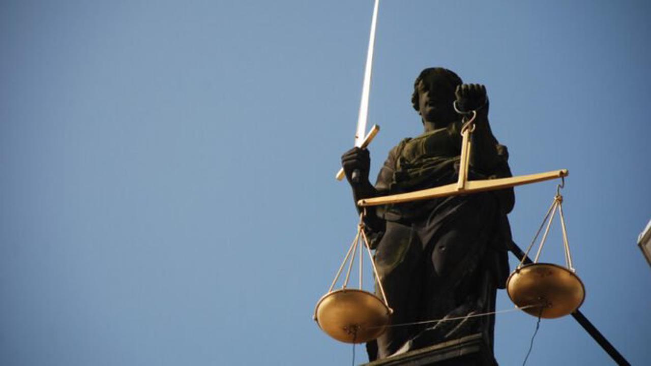 Ehrung von Schöffinnen und Schöffen sowie ehrenamtlichen Richterinnen und Richtern