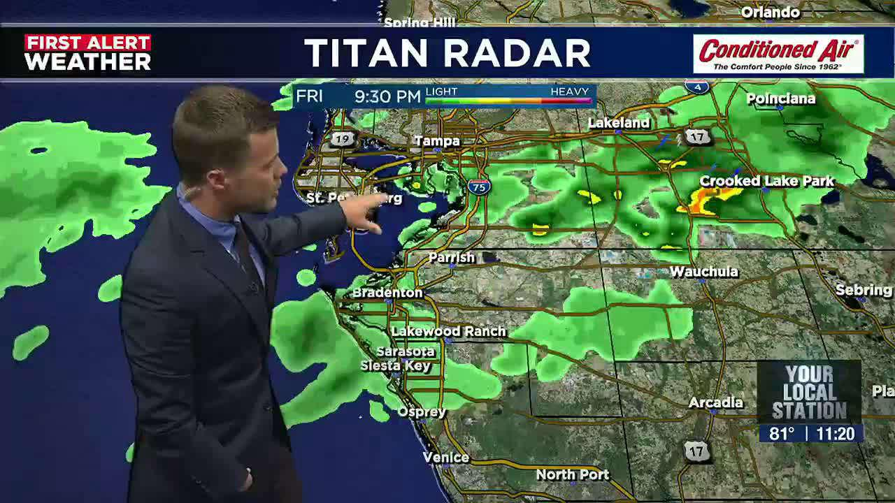 Isolated showers fire up north in Tampa Bay