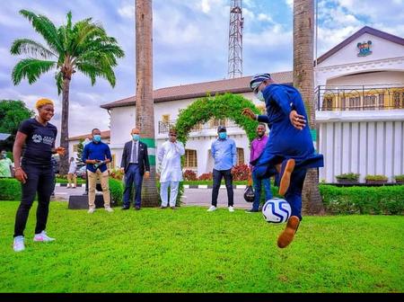 See Babajide Sanwo-Olu's Football Skill As Asisat Oshoala Paid Him Courtesy visit (Photos)