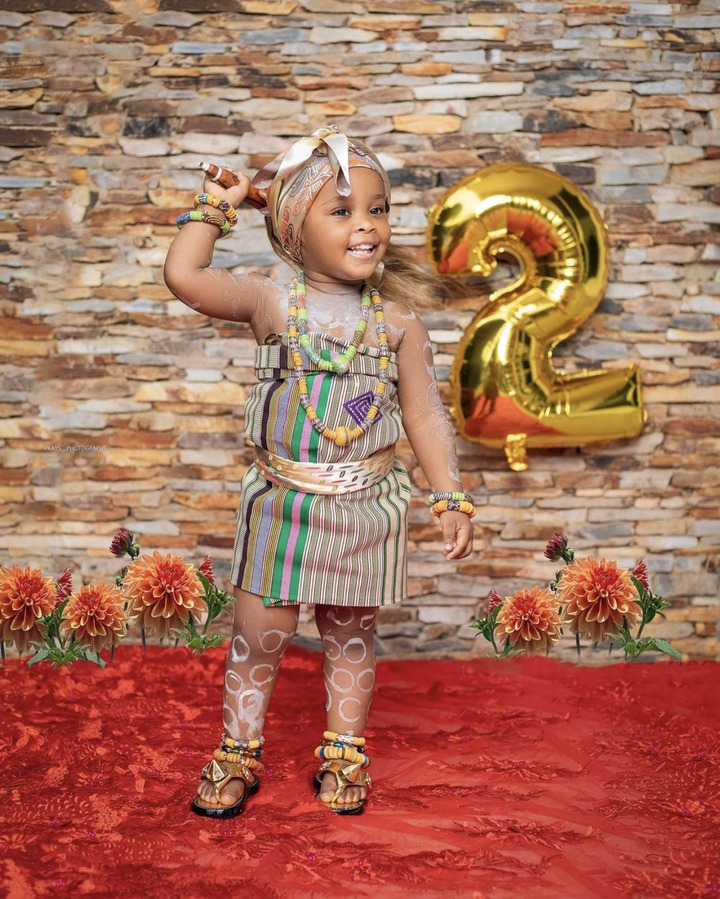5450ef5dca284803a0efecc02ad548fe?quality=uhq&resize=720 - McBrown's Baby Maxin Celebrates Her Birthday In Church With Bunch Of Hampers To Congregants