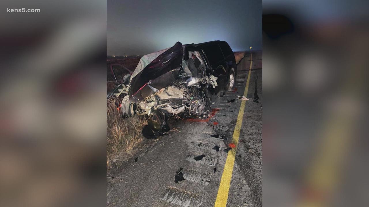 2 San Antonians among 6 killed in south Texas crash involving wrong-way driver, authorities say