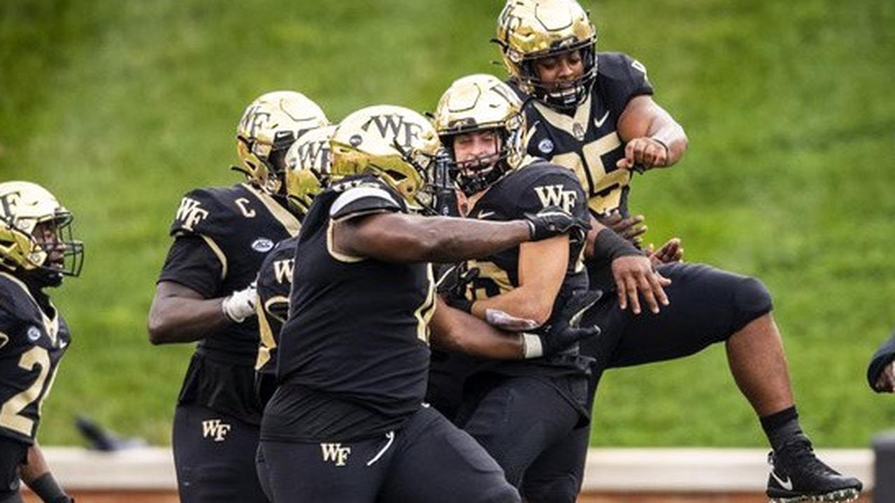 Wake Forest vs. Wisconsin Predictions, Odds