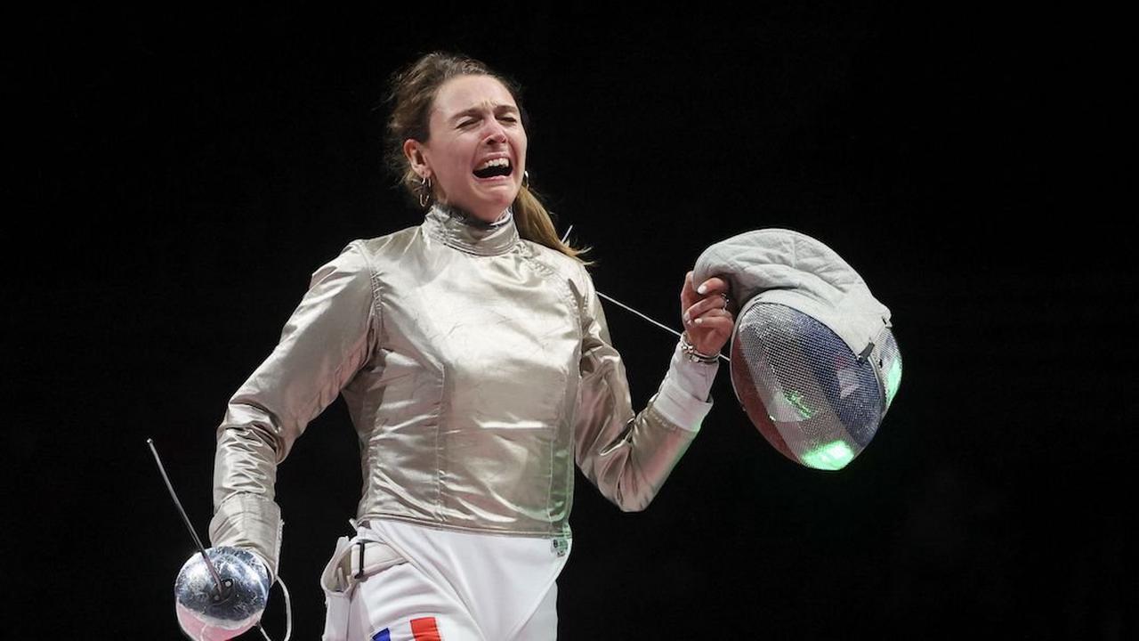 Jeux Olympiques (Escrime): Manon Brunet passe au bronze et elle est heureuse