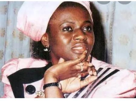 Meet The First Nigeria Woman To Enter Aso Rock (Presidential Villa) As The First Lady Of Nigeria