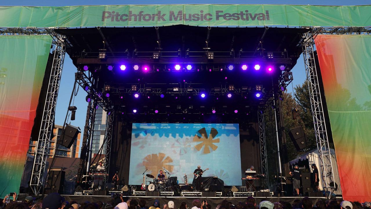 Pitchfork Music Festival opens in Chicago Friday with crowds, dust and Phoebe Bridgers