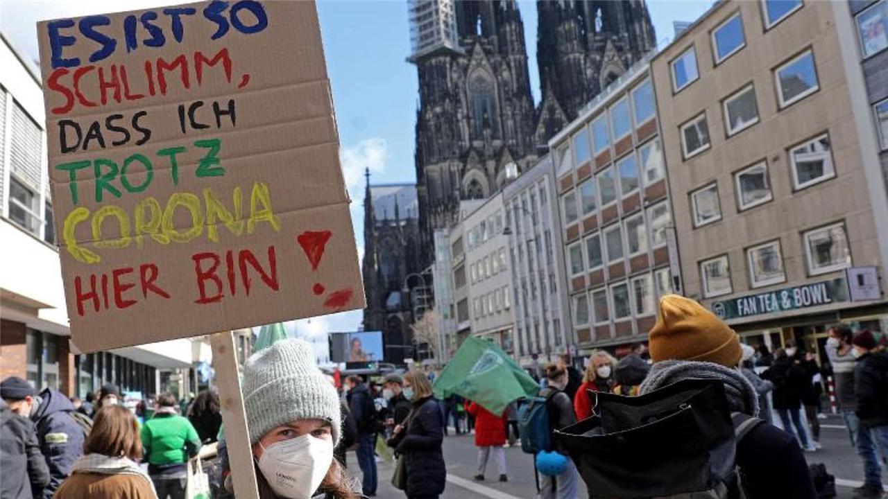 Klimaprotest von Fridays for Future kurz vor der Wahl
