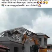 Meet : A Man Demolishes House He Built for Girlfriend After They Broke Up