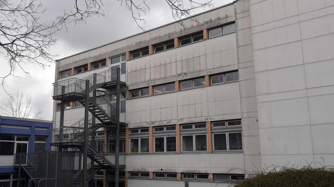 Gemeinderat Taufkirchen schluckt an Baukosten