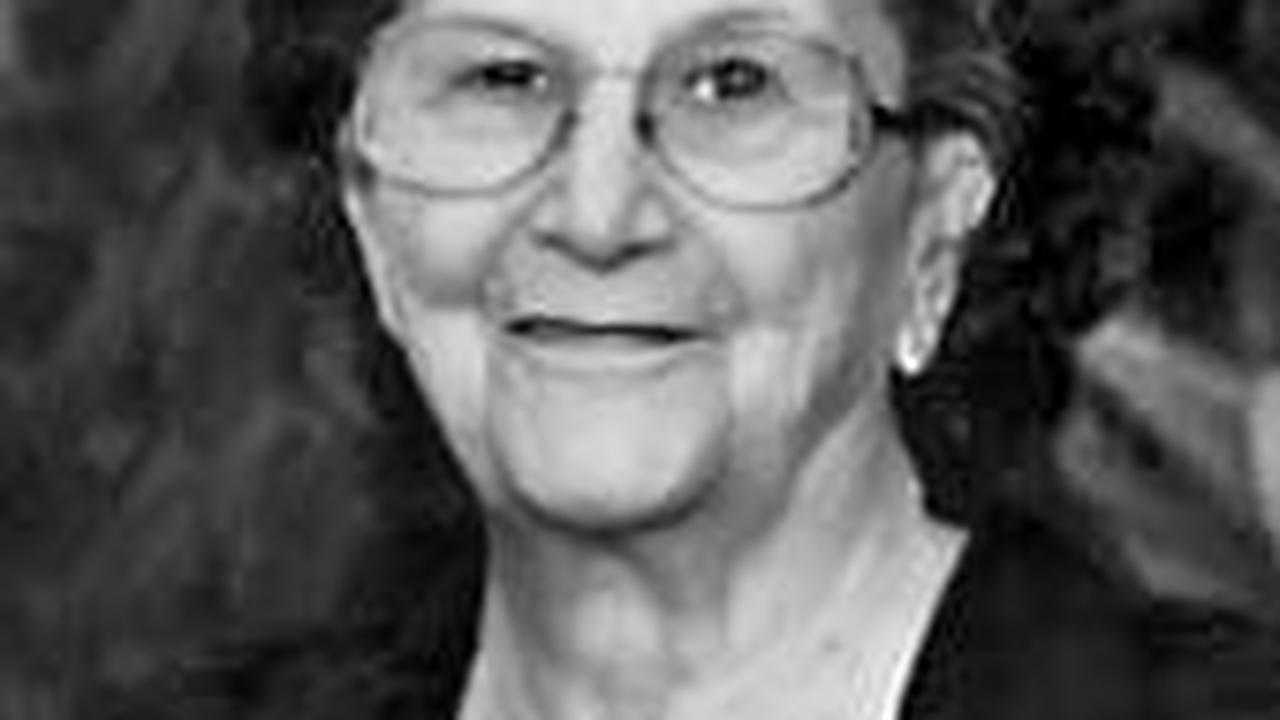 Evelyn Green, age 94, of Cyclone, died Saturday.