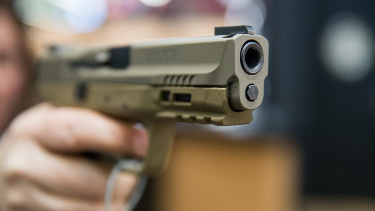 Texas: Zweijähriger erschießt sich versehentlich selbst