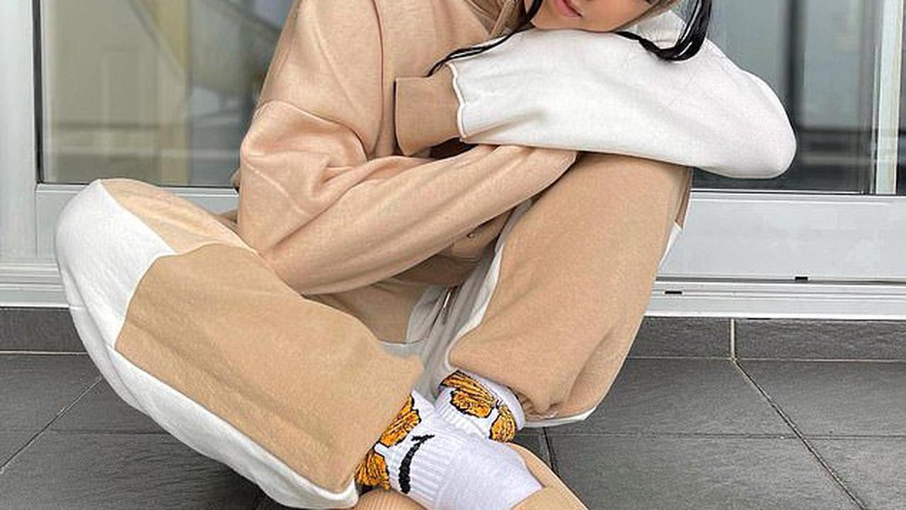 'Pillow slides' are the latest 'ugly' shoe trend on the rise across Australia